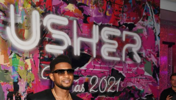 Ush Bucks Blessings: Usher Takes Vegas By Storm With Sold-Out
