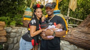 Ne-Yo aka Shaffer Smith and wife Crystal Renay with their daughter Isabella Rose
