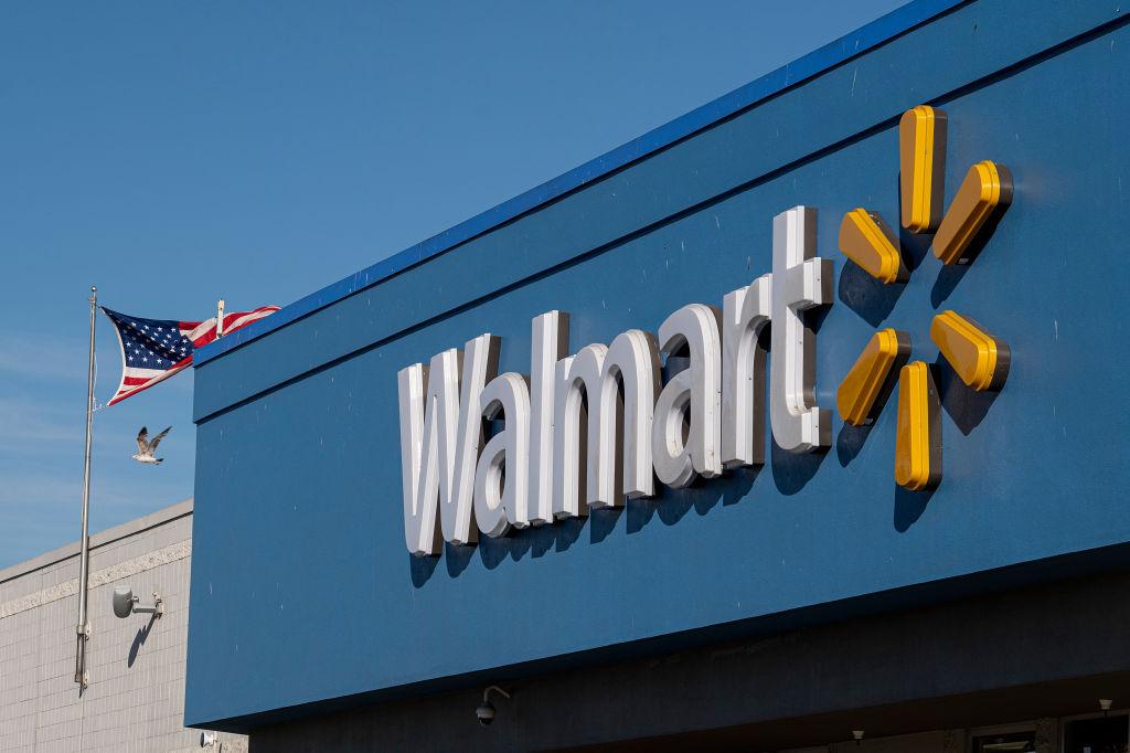 A Walmart Store Ahead Of Earnings Figures