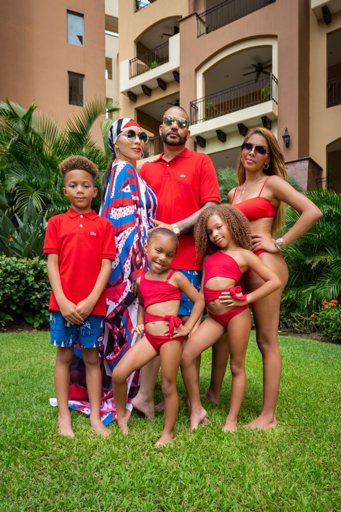 DJ Envy and the Casey Crew vacation in Mexico