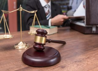 A gavel and the justice scale