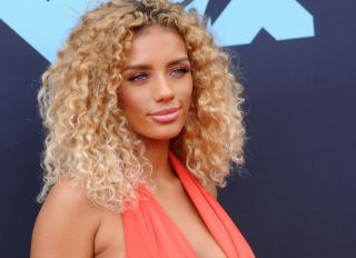 Jena Frumes attends the 2019 MTV Video Music Video Awards...