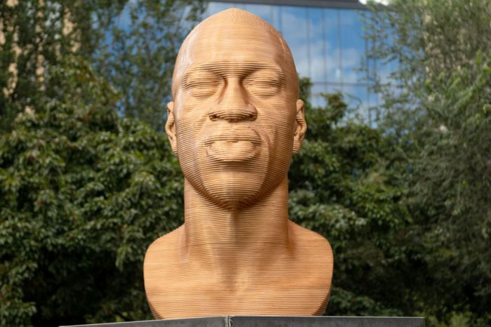 """Sculptures Of George Floyd, Breonna Taylor, And Congressman John Lewis Unveiled In """"SEEINJUSTICE"""" Exhibit"""